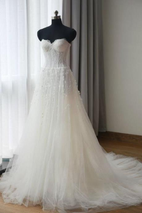 Floor Length Tulle Wedding Dresses, Gown Featuring Crystal Flower Wedding Dress, Embellishments and Lace Strapless Sweetheart Bodice