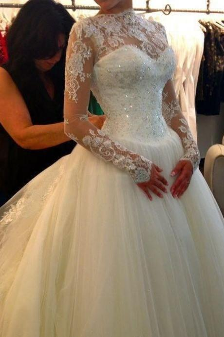 Lace Appliques Long Mesh Sleeves Floor Length Tulle Wedding Gown Featuring Train