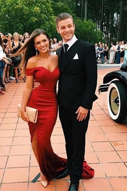 Off the Shoulder Prom Dress,Red Mermaid Evening Dress,Sleeveless Sweetheart Front Split Dress,Long Prom Dress, Party Dresses, Long Prom Dress,Graduation Dress