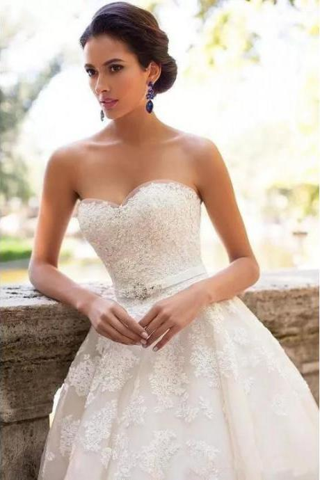 Sweetheart Bridal Dresses,Ivory Wedding Dress, Long Wedding Dresses, Sleeveless Wedding Dresses, Applique Wedding Dresses, Sweep Train Wedding Dresses