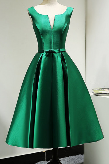 Sexy Short Green V Neck Satin Bridesmaid Dress ,Short Bridesmaid Dresses, Short Prom Dresses,Graduation Dresses 2017,Party Dresses,Short Evening Dresses, Short Prom Dress